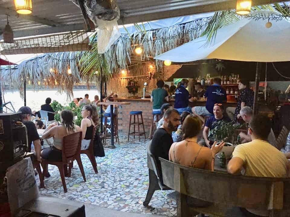 tin tuc sunshine bar nhatrang saigon travel 5